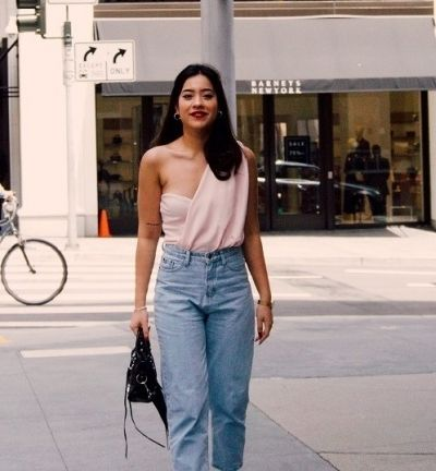 Mom jeans: 3x outfit inspiratie