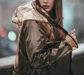 Regenjassen dames: zo ga jij stijlvol door de regen