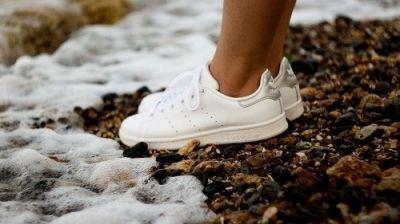 Veelvoorkomende schoenentrend van dit najaar