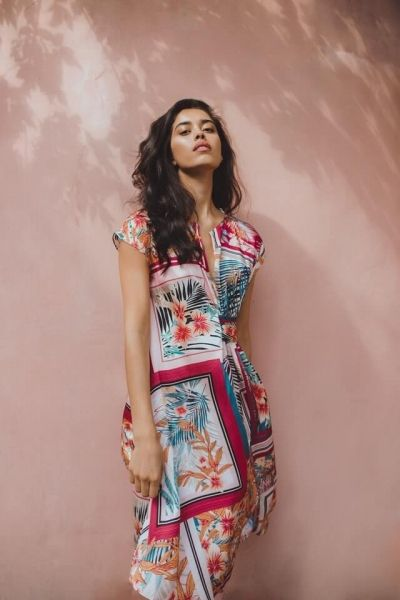 Get dressed in the midi dress!