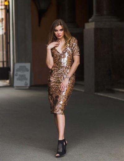 Deze afslankende jurken zorgen ervoor dat jij er goed uitziet!