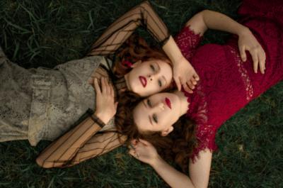 Kanten jurken: dé must-have deze zomer