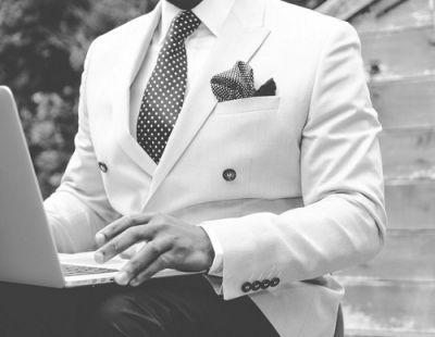 Een stropdas strikken doe je zo