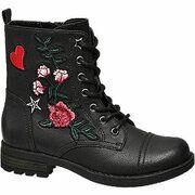 Zwarte boot bloemen